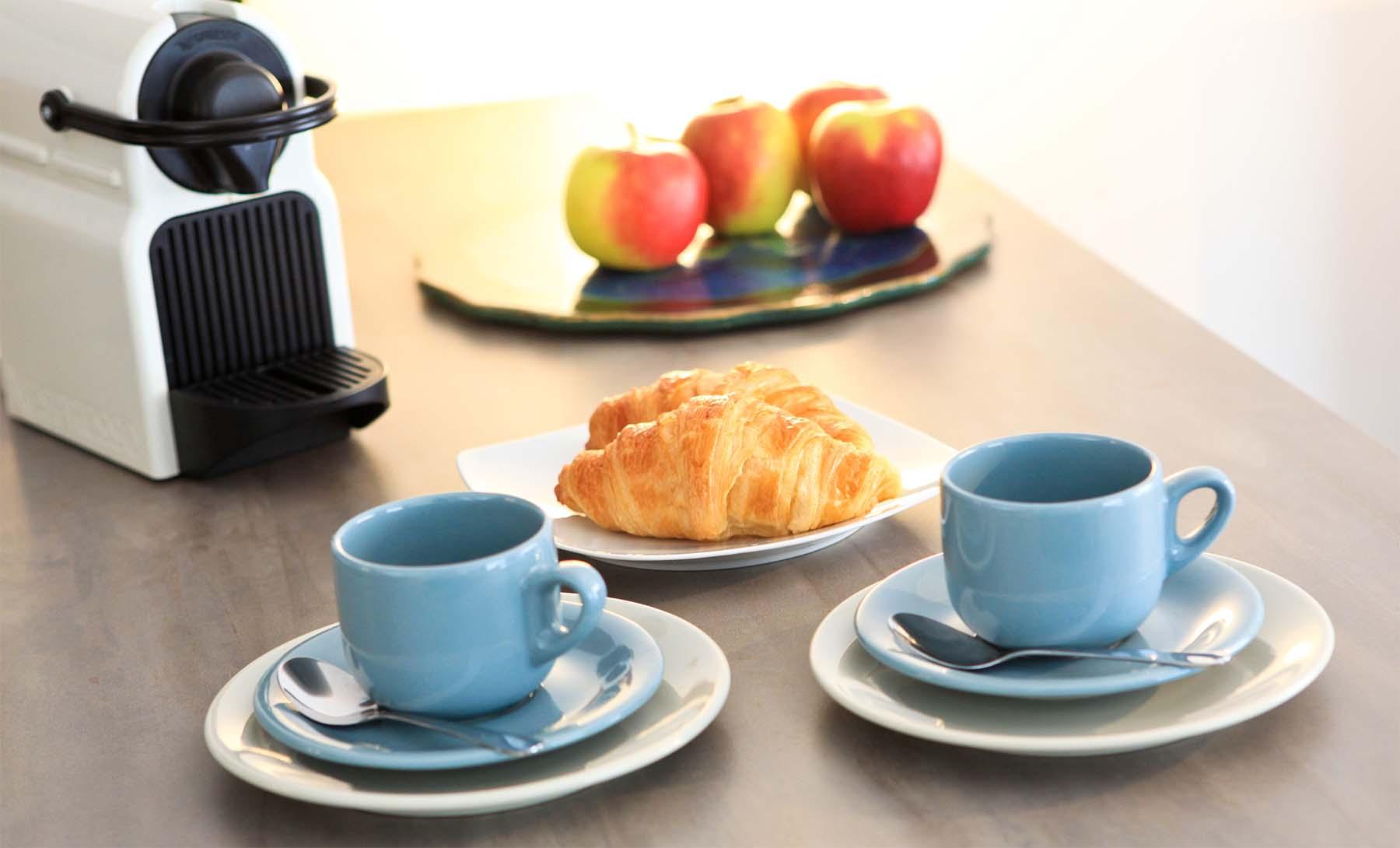 Appartment_0003_flat-brugmann-breakfast.jpg