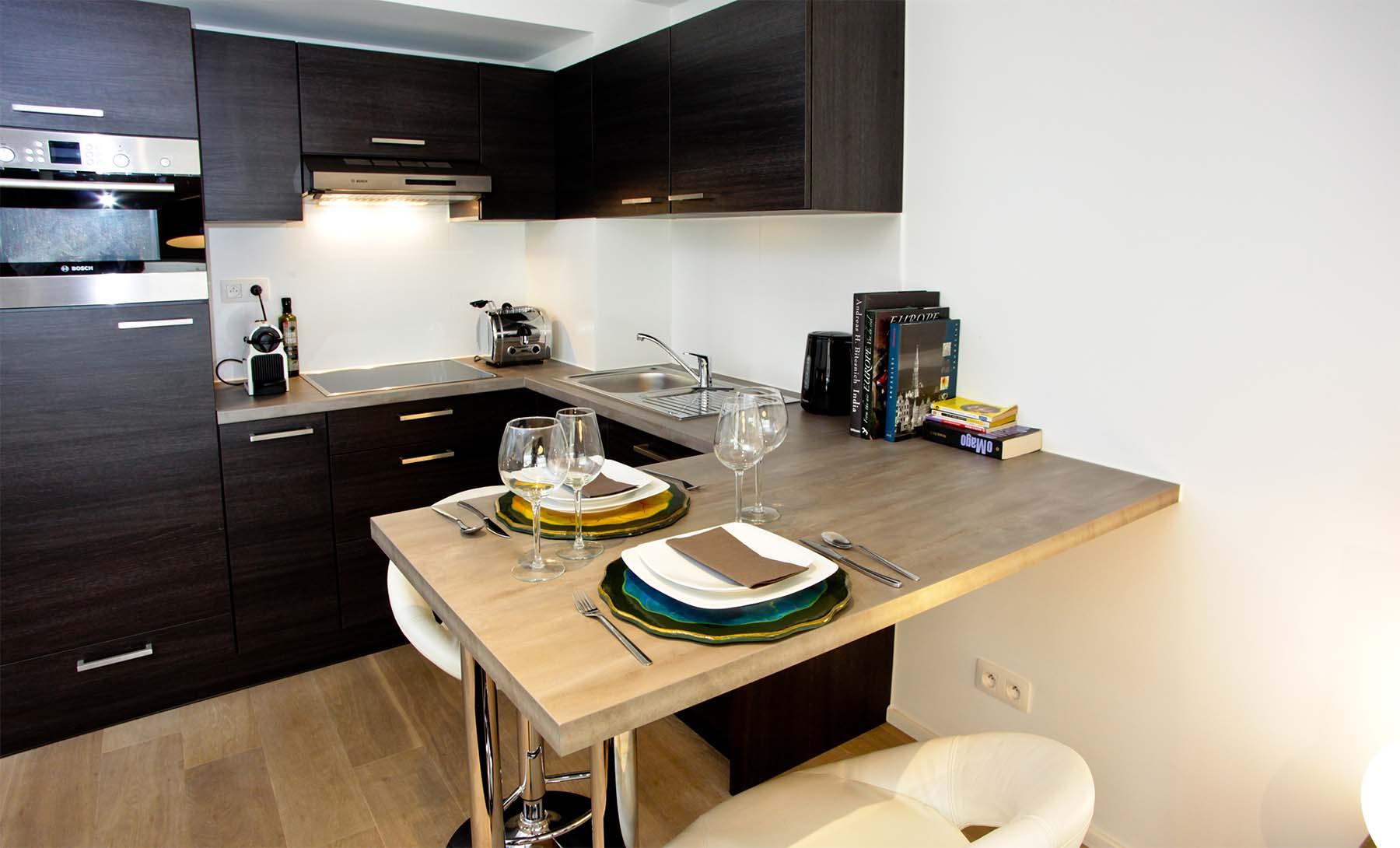 Appartment_0004_flat-brugmann-kitchen-corner-2.jpg